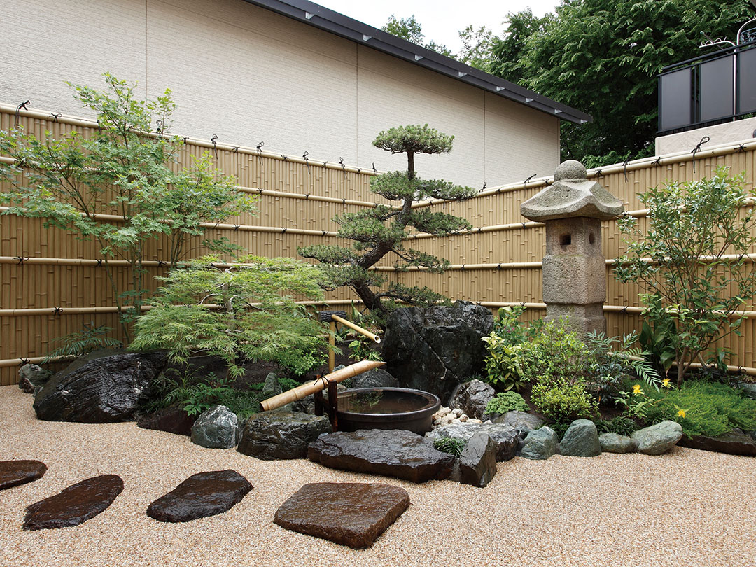 Japanischer Garten mit Bambuszaun aus Aluminium